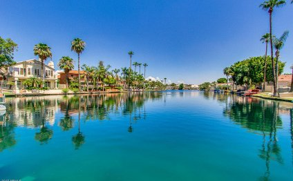 Waterfront Homes in Arizona