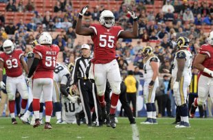 Jan 1, 2017; Los Angeles, CA, American; Arizona Cardinals outside linebacker Chandler Jones (55) honors after a Cardinals fumble recovery during an NFL baseball online game against the la Rams at la Memorial Coliseum. The Cardinals defeated the Rams 44-6. Mandatory Credit: Kirby Lee-USA TODAY Sports